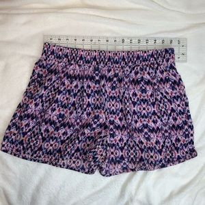 Pattern shorts size medium